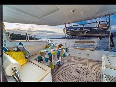 Croatia charter and sailing - Catamaran - Lagoon 42 (CBM Periodic) - Split - Riviera Split  - Croatia - Lagoon 42 (CBM Periodic):