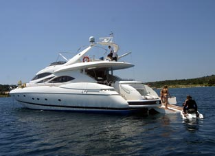 Croatia charter and sailing - Yacht - Sunseeker 84 (code:CRY 125) - Kastel Gomilica - Riviera Split  - Croatia